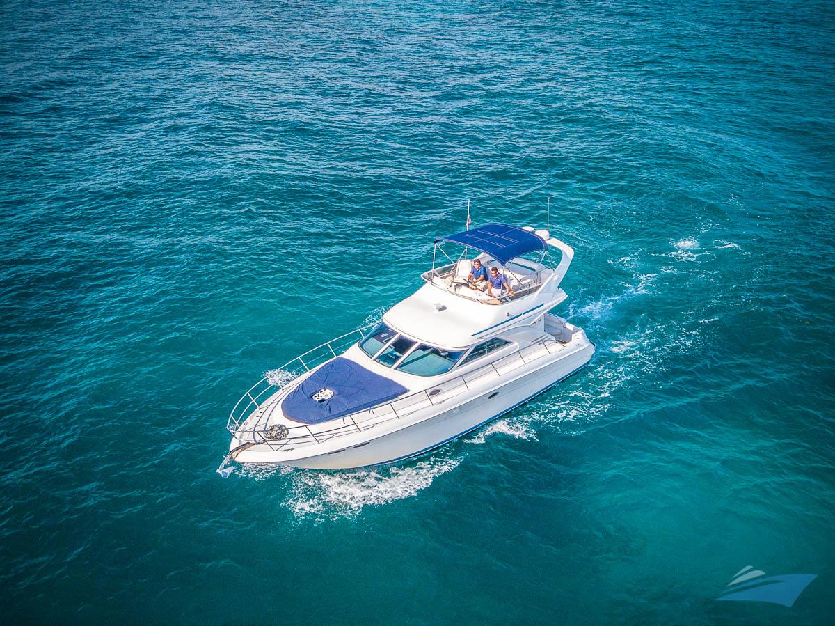 Sea Ray 400